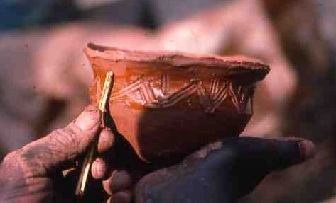 Mashita Mbanza, potter at work, RD Congo, 1984